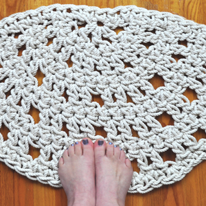 Fan in the Bath - Fan Rope Mat - Handmade Bathroom Rug