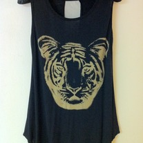 Rawr! Loose Top in Black