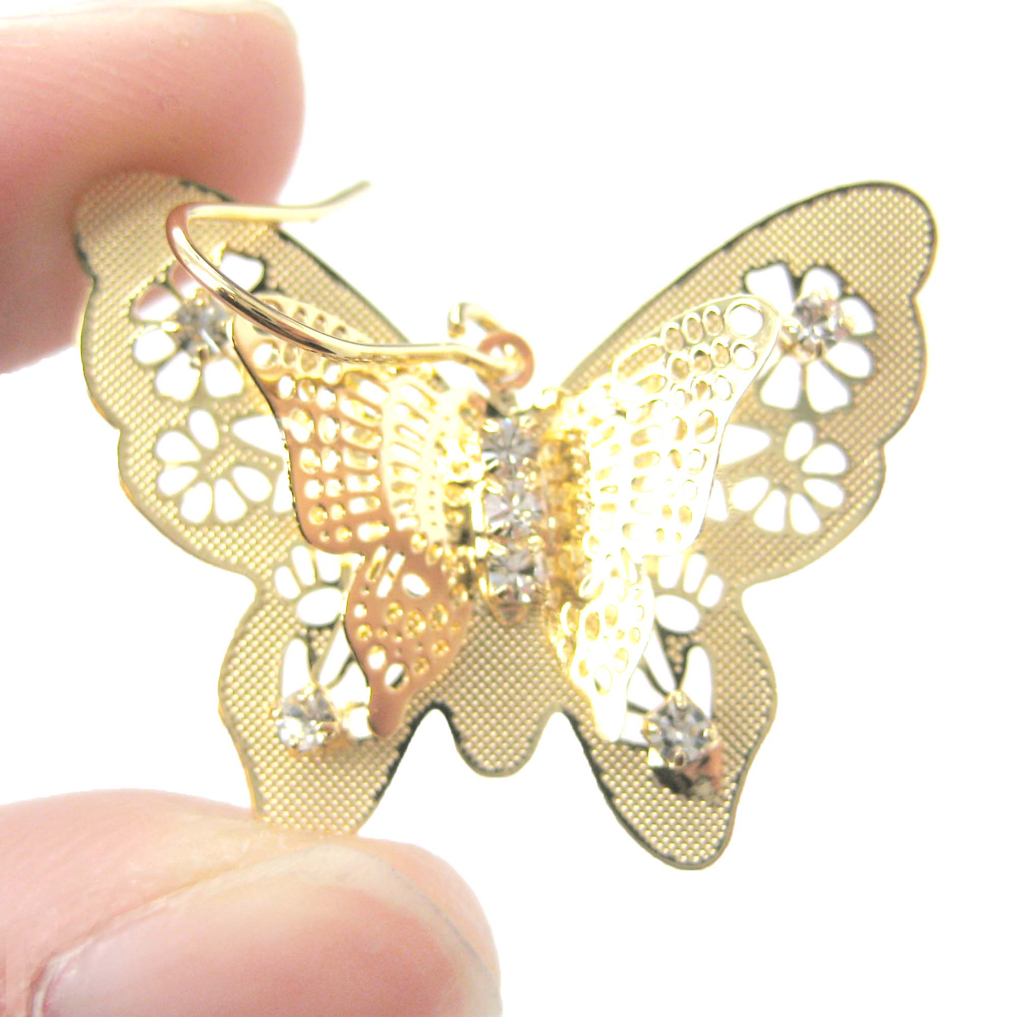 Detailed Butterfly Shaped Cut Out Dangle Earrings In Gold
