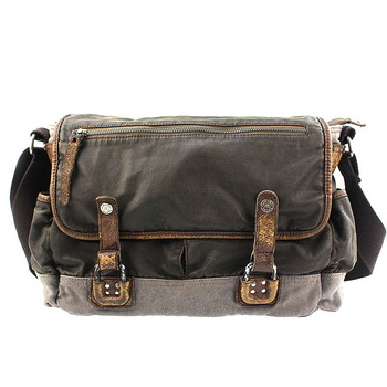 b3250770834 Vintage waxed canvas cross messenger bags mens · Vintage rugged ...