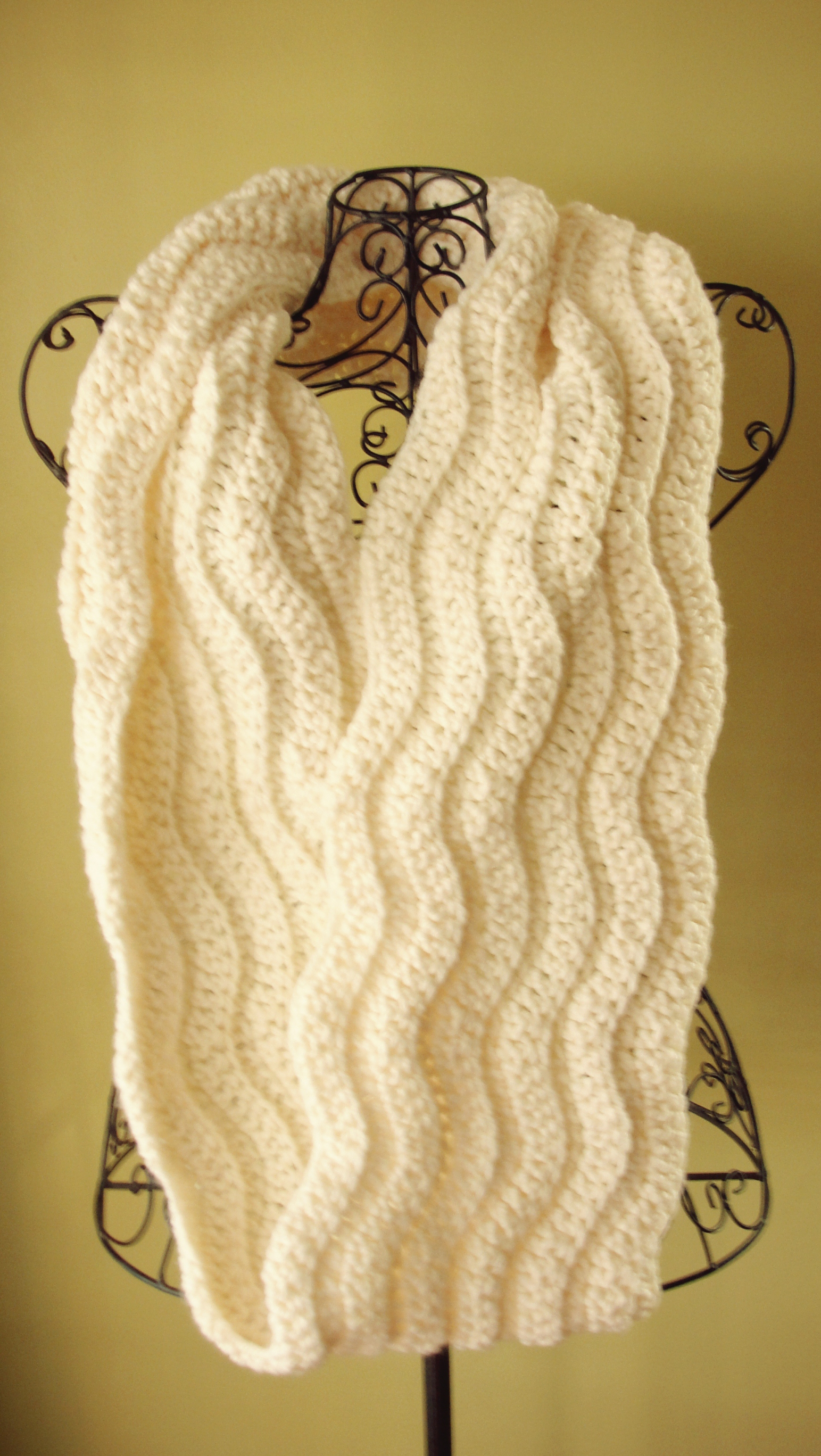 Crochet Pattern Women Chunky Cowl Infinity Scarf The