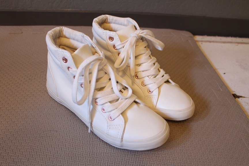 e84dbf92a6b6 Forever 21 White Leather High Tops Pastel Pink 6 36 Kawaii Unif Wildfox  Sneakers Lolita Chucks
