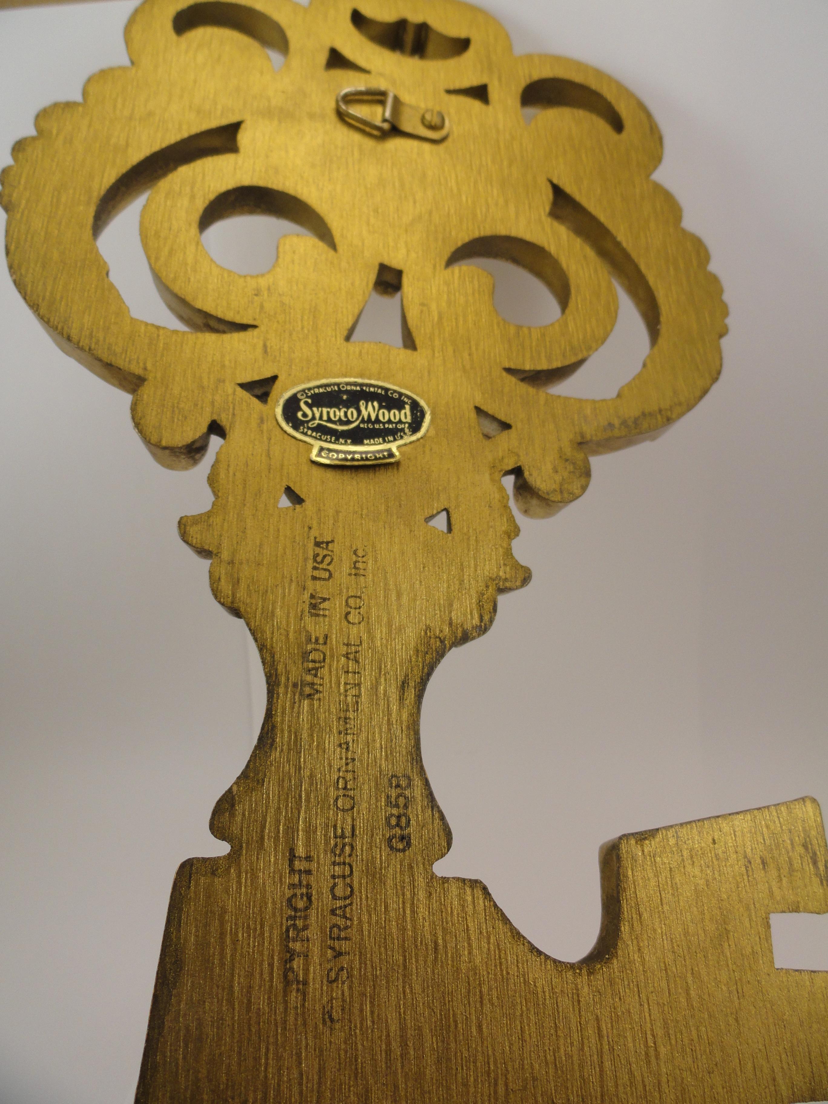 Vintage Gold Syroco Wood Wall Hanging Skeleton Key - Fleur De Lis - Syracuse Ornamental Co.