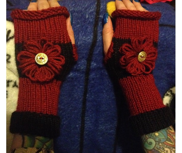 Red and Black Knitted Fingerless Gloves · Beeson Boutique · Online ... 38808878d