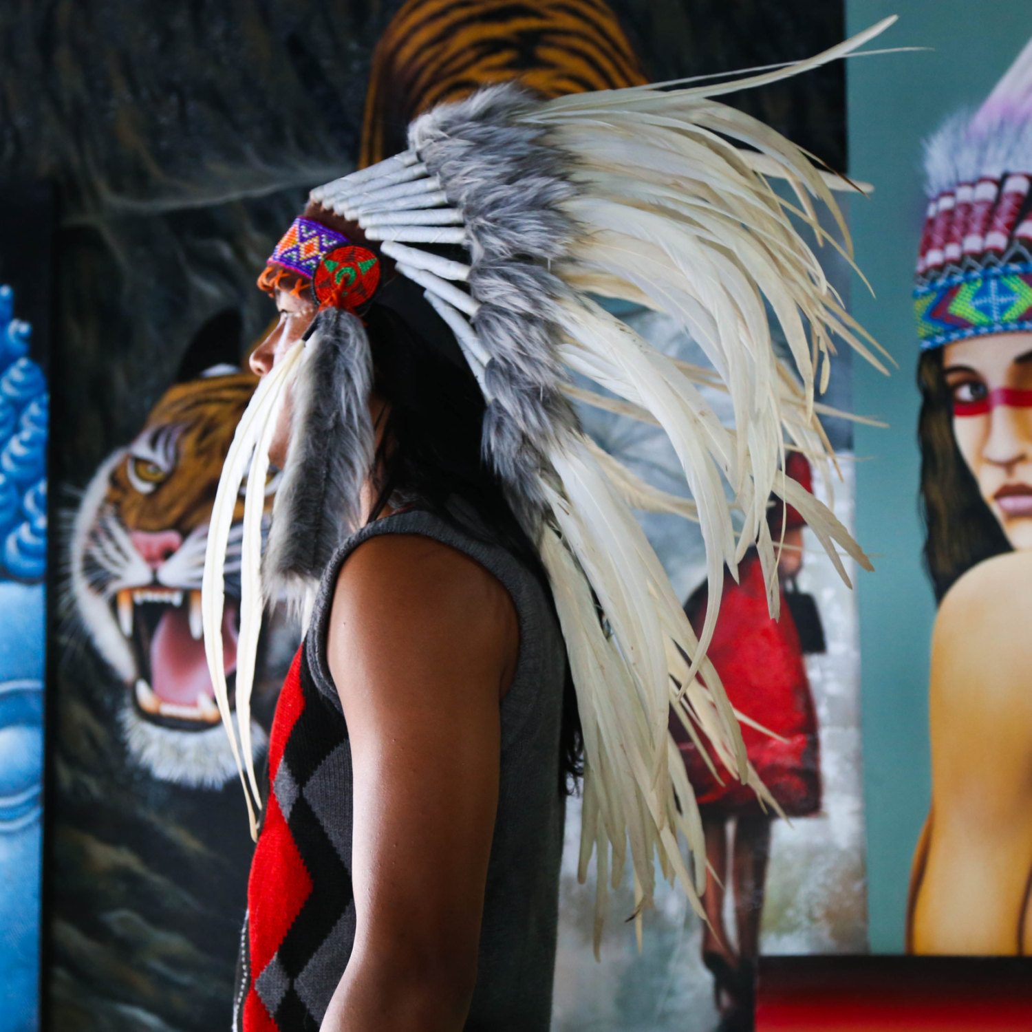 Indian Wedding Headdress: Real Feather White Chief Indian Headdress 75cm, Native