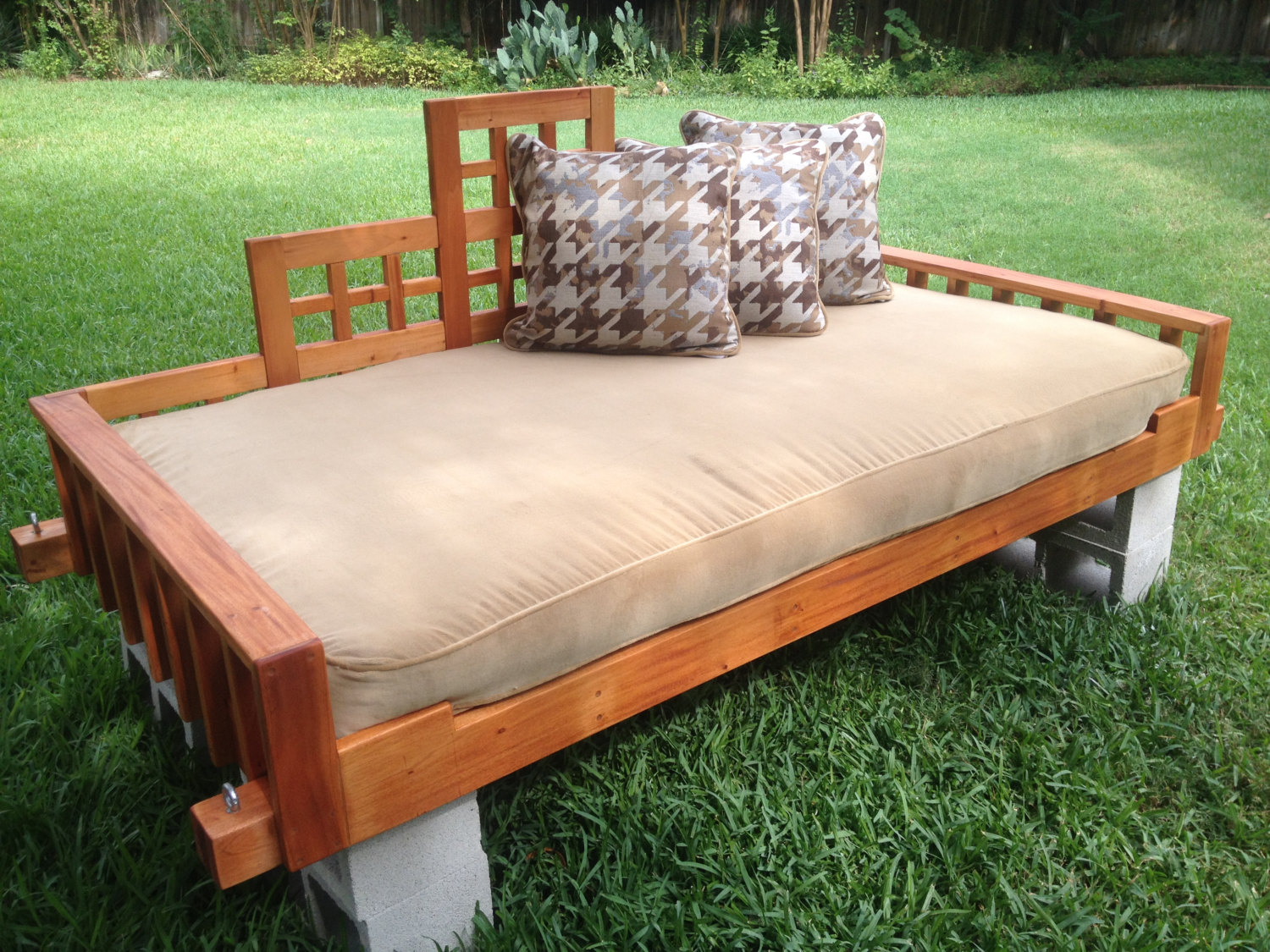 swing bed porch swing outdoor bed hanging bed swing. Black Bedroom Furniture Sets. Home Design Ideas
