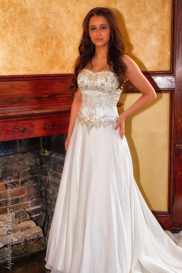 Sale! Plus Size Chiffon Wedding Dress With Rhinestone Beading from Curvy  Brides