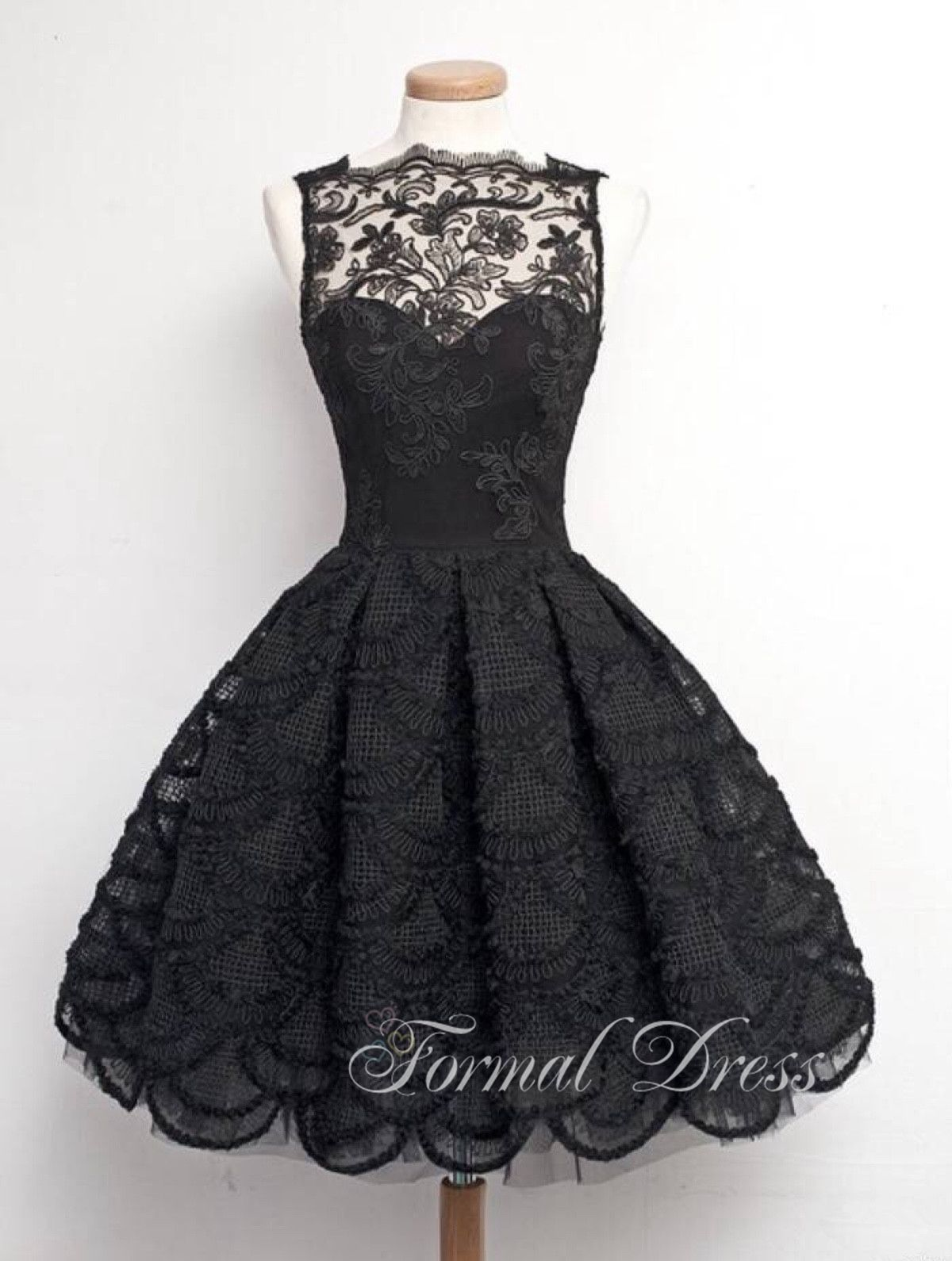 Black and White Short Formal Dresses with Sleeves