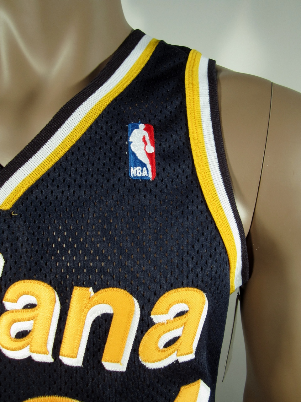 ... Reggie Miller Indiana Pacers Authentic Champion Jersey 40 NWT -  Thumbnail 2 ... 188c4d83d