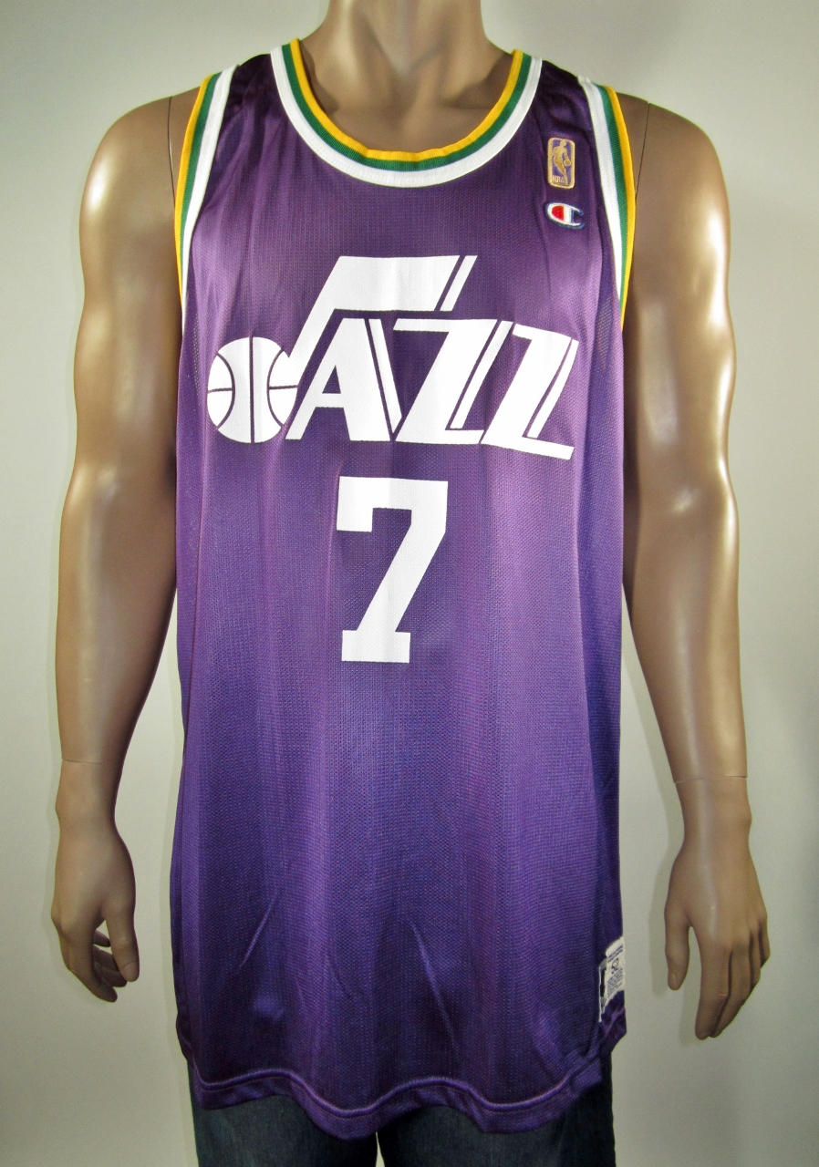 db12fb54bf5 Pistol Pete Maravich New Orleans Jazz NBA 50 Gold Logo Champion Jersey 52  NWT