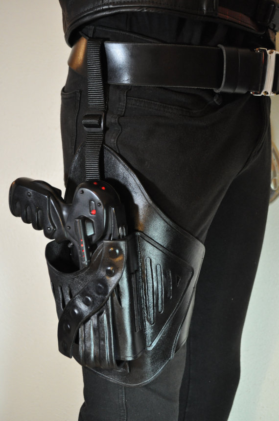 Farscape Peacekeeper Pulse Pistol Leather Holster And Belt