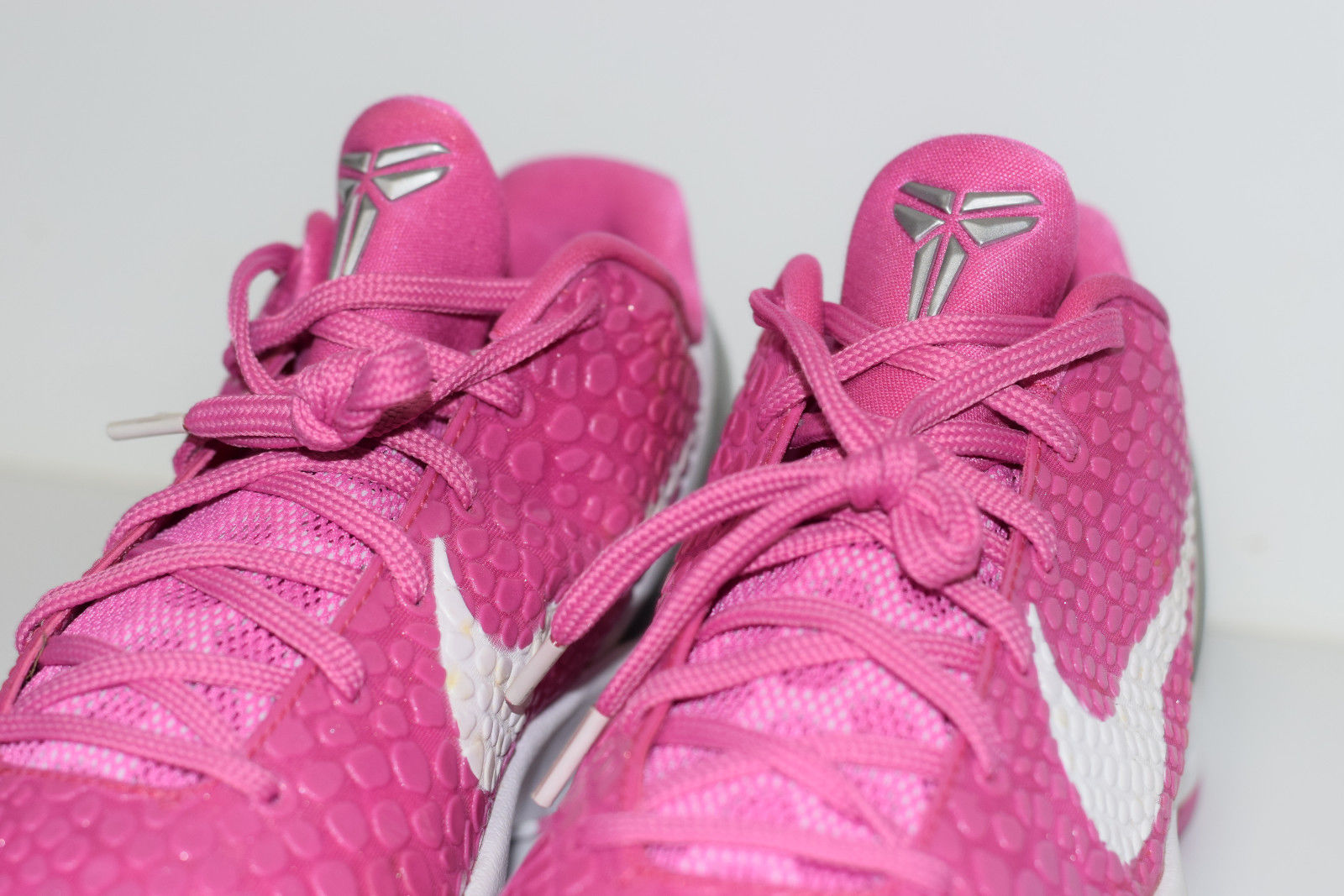 competitive price 6f171 c435a ... switzerland size 10 new 2011 nike kobe 6 think pink breast cancer kay  yow thumbnail 64149
