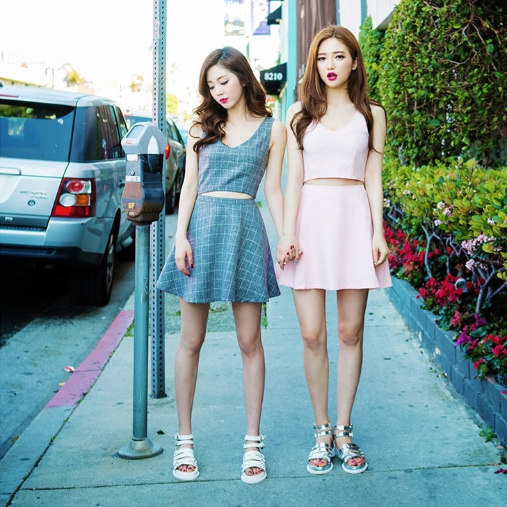 Harajuku crop top and skirt set 2016 korean tracksuit summer style new  plaid short shirt a af91018ad