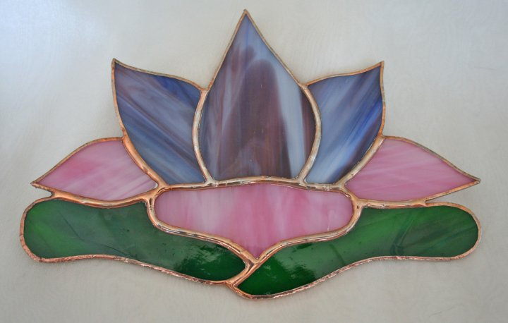 Lovely Authentic Tiffany Style Stained Glass Lotus Flower Window