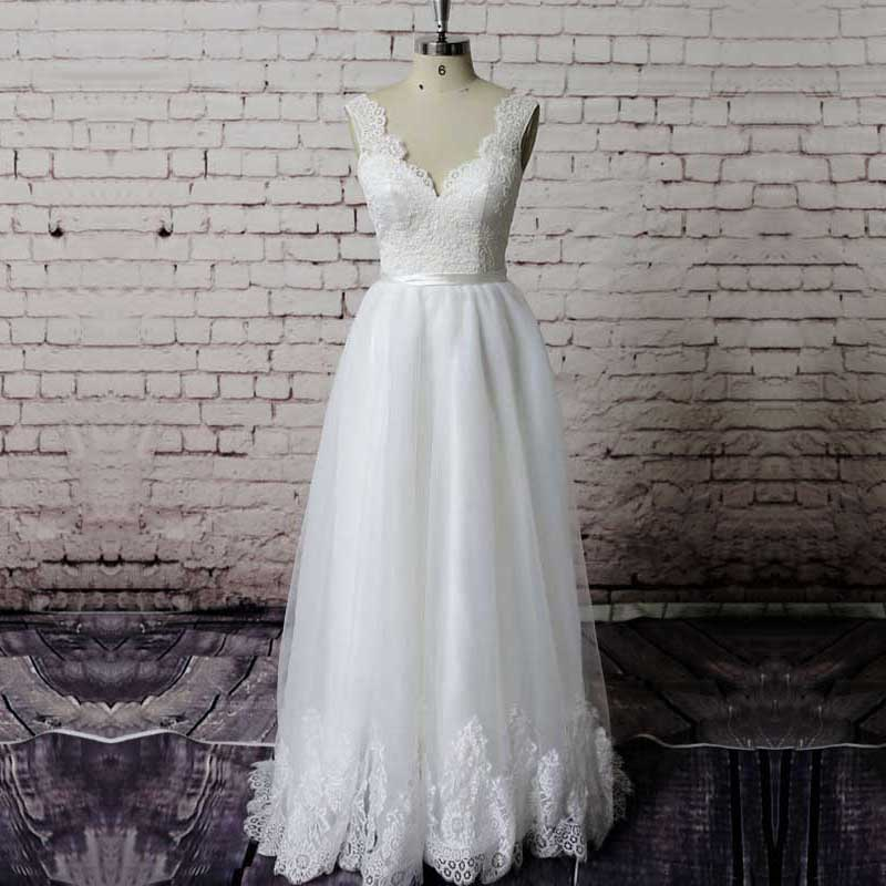 Scalloped V Neck Lace Appliques Organza Wedding Dress Sexy Open