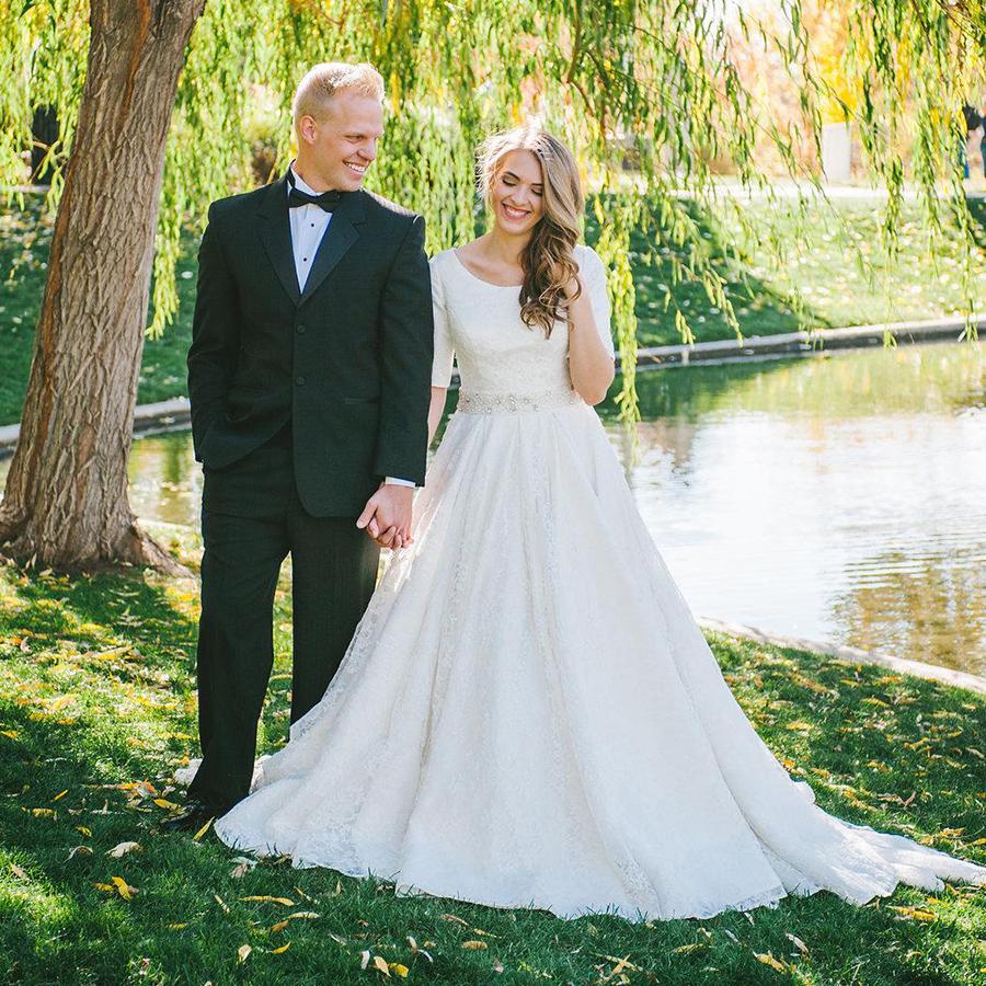 Modest Princess Wedding Dresses With Beaded Belt, Scoop