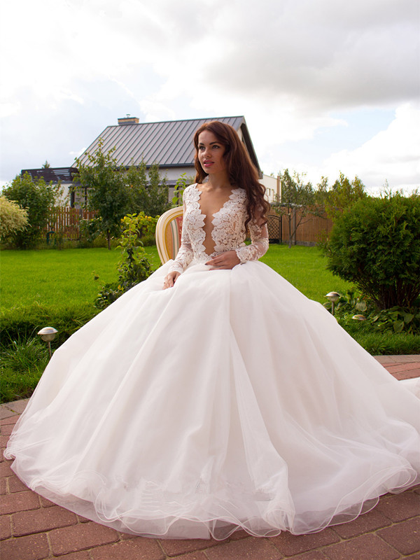 Elegant Long Sleeves White Lace Appliques Wedding Dress ...
