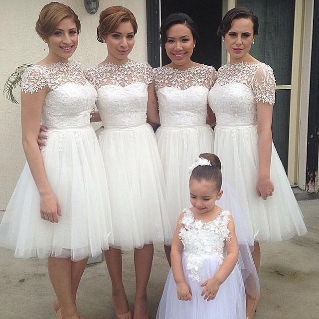 Short Bridesmaid Dresses Scoop Short Sleeve Backless Knee-Length Applique  A-line Junior Bridesmaids Dresses Gowns from olesa wedding shop