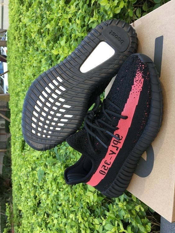 ADIDAS YEEZY BOOST 350 V2 MEN'S CORE BLACKREDCORE BLACK sold by FASHIONSHOESaa