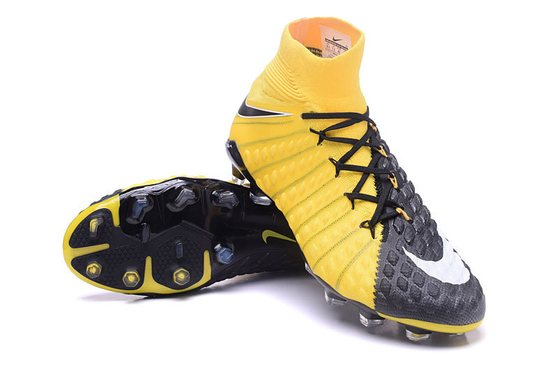 on sale c4e8e 65b84 hypervenom black and yellow