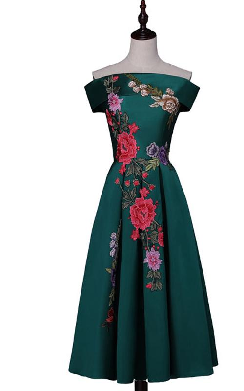005b42486f Dark Green Floral Print Sleeveless Satin Tea Length Appliques Boat Neck Short  Homecoming Dress