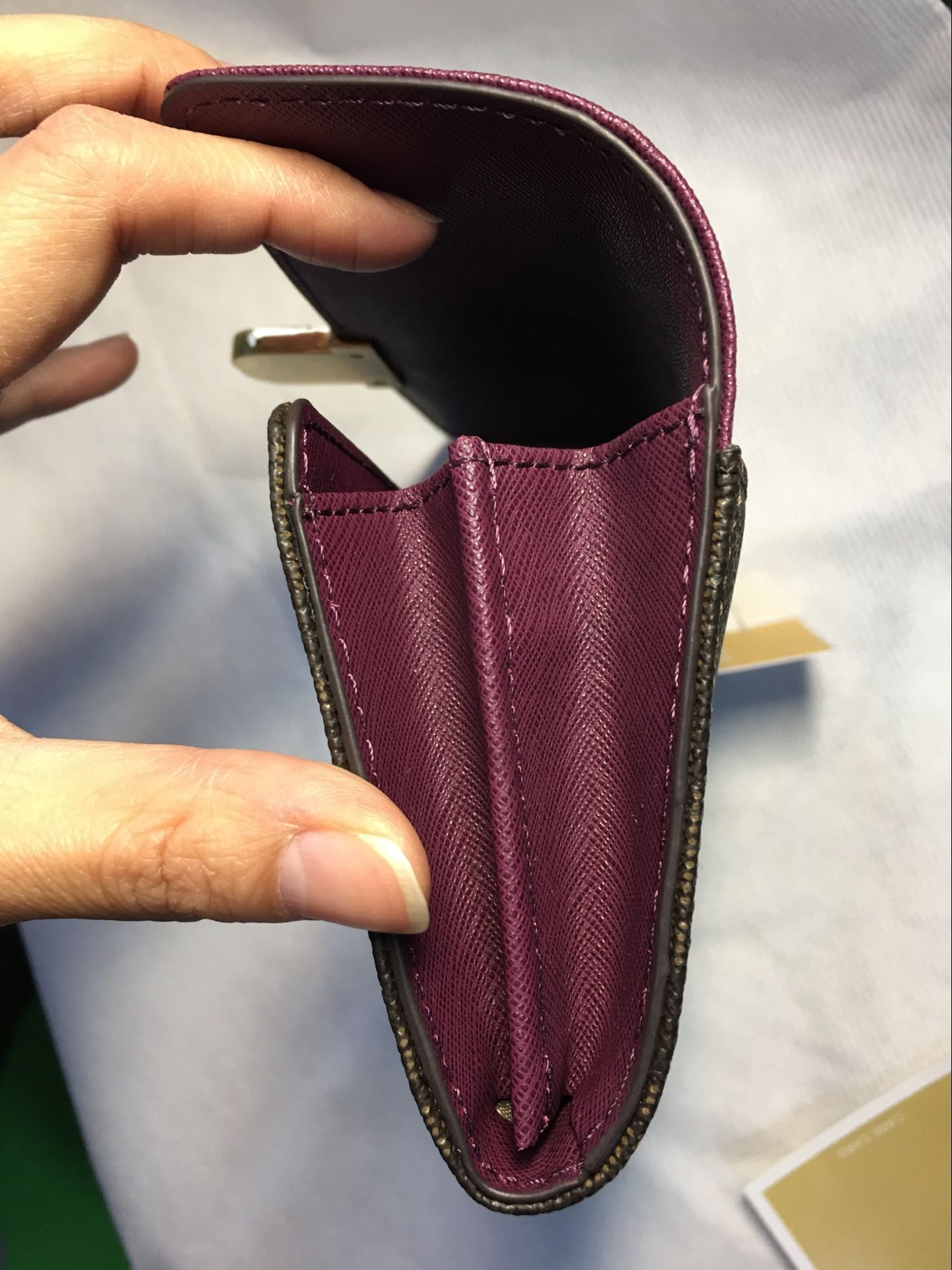 12f4bb5505f953 Authentic Michael Kors Signature PVC and Leather Bridgette Flap ...