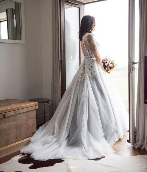 Wedding Dress White And Blue: Ball Gown Navy Blue And White Wedding Dresses Sheer Long