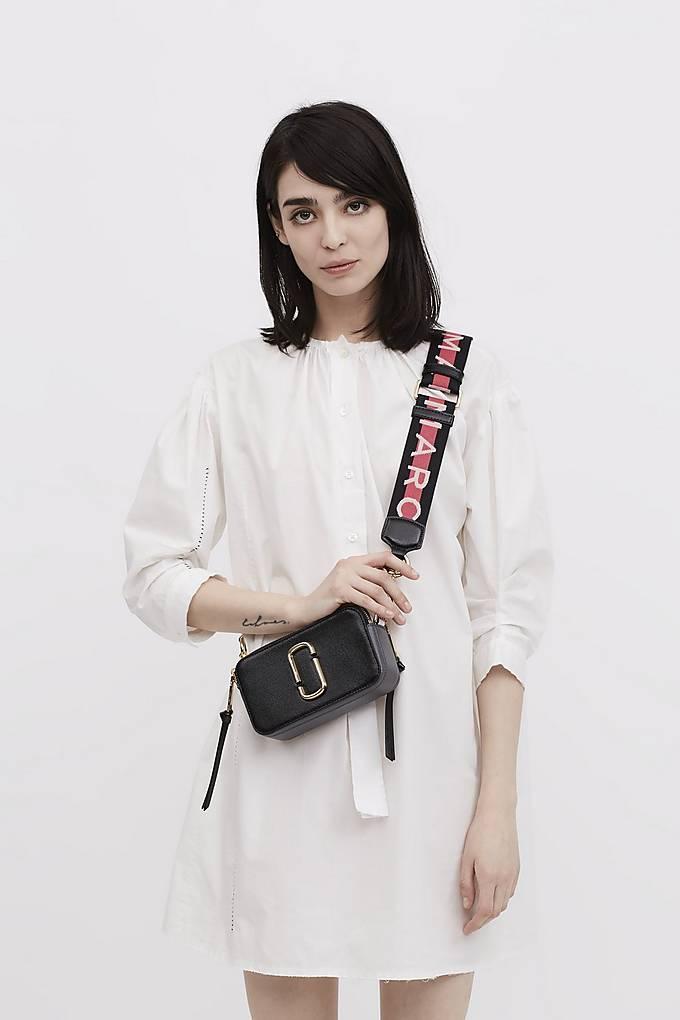 860e524a3e7c Marc Jacobs Snapshot Small Camera Bag Crossbody Bag Logo Strap Black ...