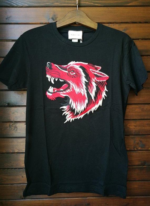 Gucci Men\u0027s Doodle Wolf Embrodered T,Shirt in Black sizeM sold by rv_shop