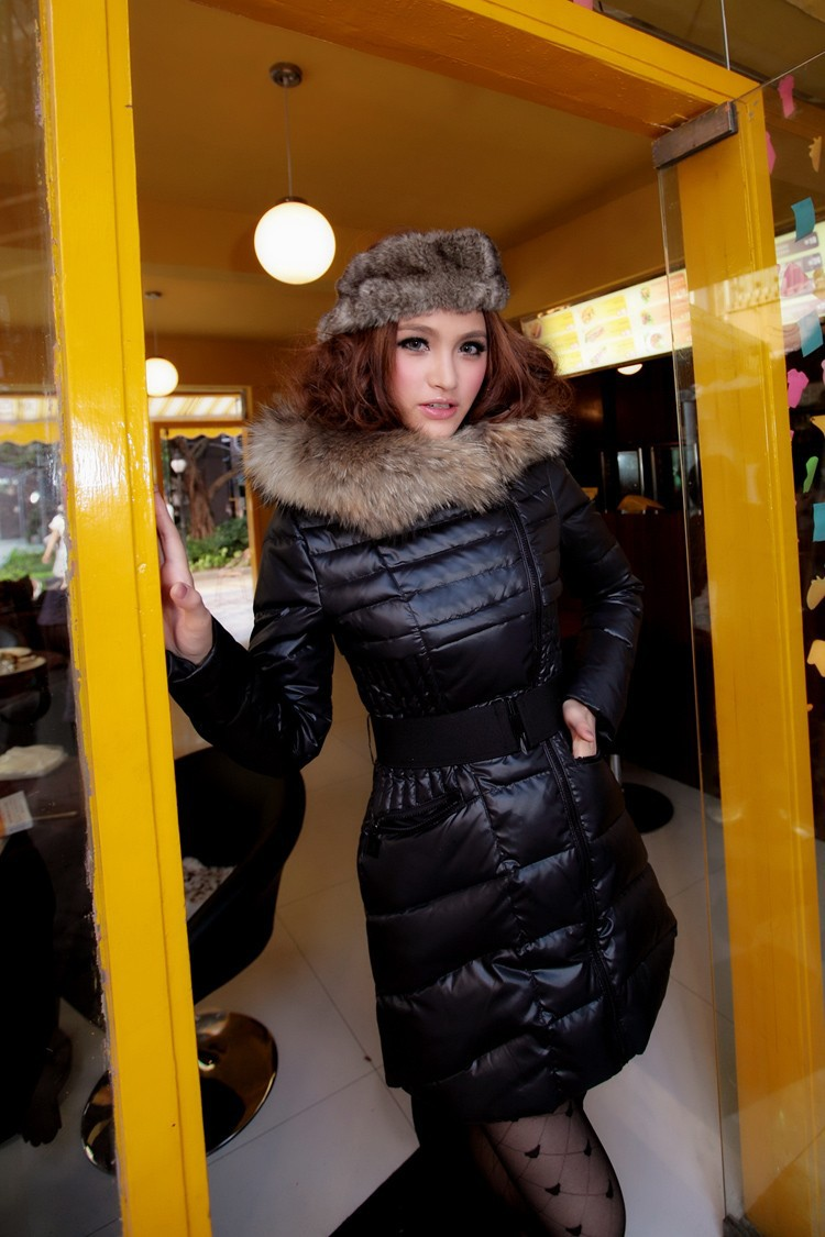 2efd5b7ad Black Winter Thick Extra Large Fur Collar Down Coat White Duck Feather  Women's Medium-long Down Jacket Outerwear