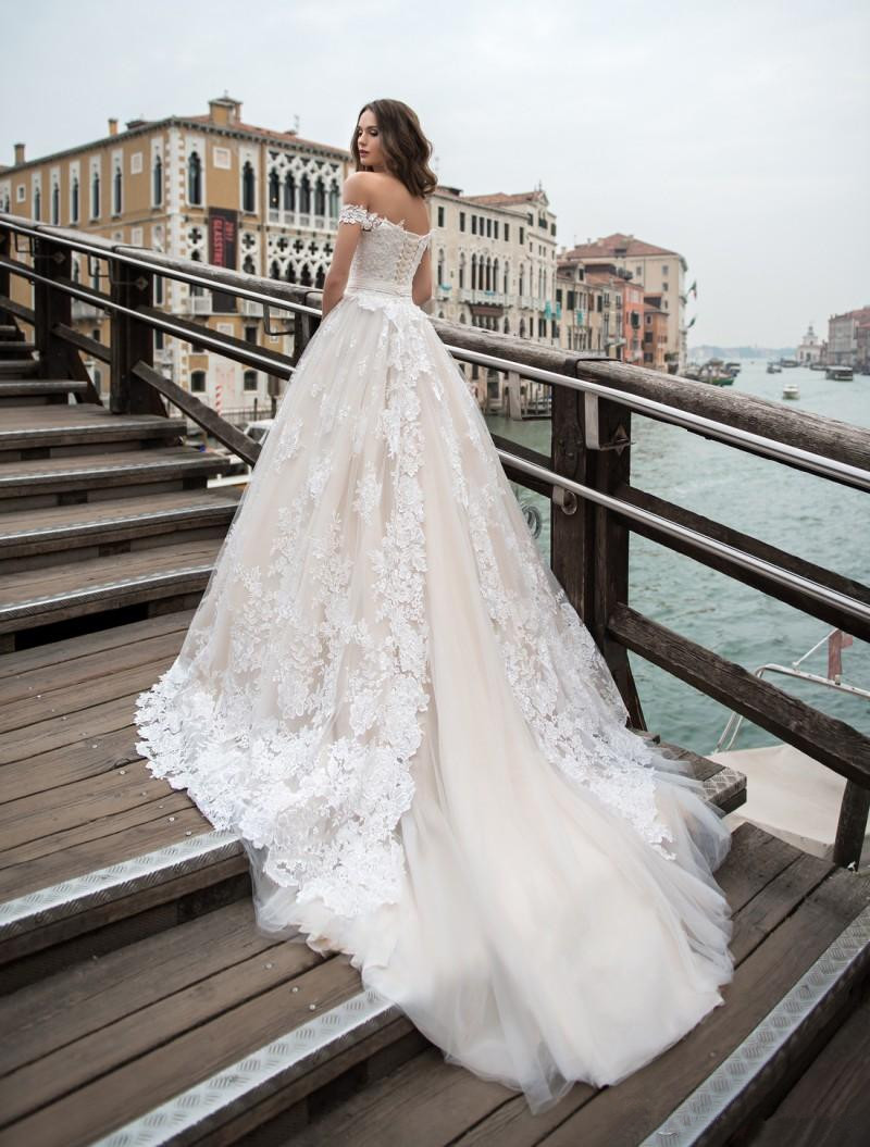 Romantic White Lace Wedding Dress Off Shoulder A Line Bridal Dress Long Train Wedding Gown From Sexypromdress