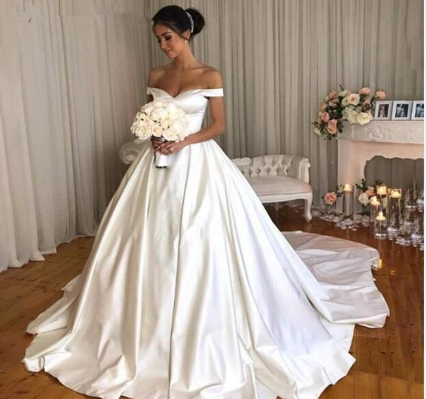 Bridal Dresses 2019: Chic Ivory Satin Wedding Dresses 2019 Princess Ball Bridal