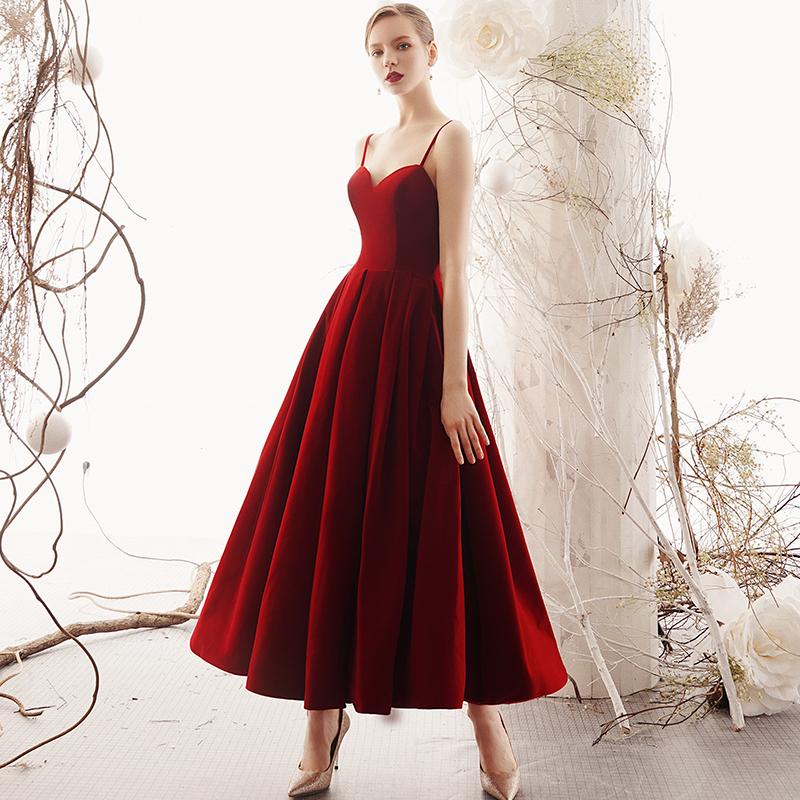 bda780a0ae7 Burgundy sweetheart neck short prom dress