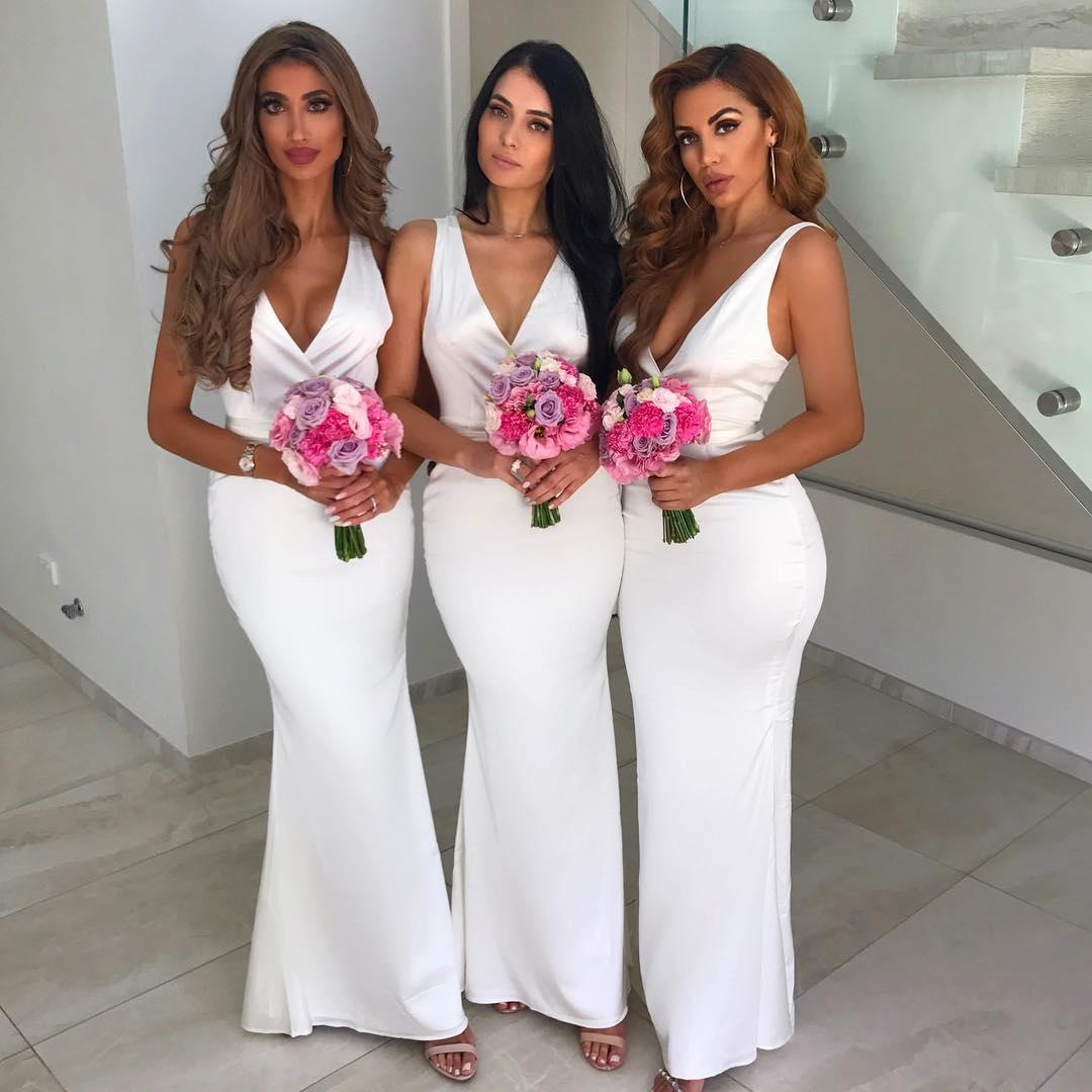 2019 Sleeveless V Neck Wedding Guest Dress White Bridesmaid Dress Mermaid Long From Beloves