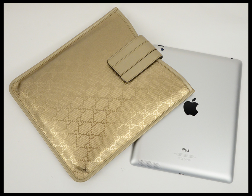 6f8750f777e Women Gucci Ipad Sleeve 100% Authentic on Storenvy